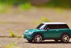 Detroit Auto Present Unleashes 2012 Chrysler 300